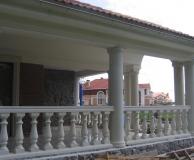 Облицовка колонн и балюстрада из ИБ