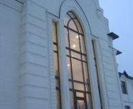 Рустовое обрамление фасада из ИБ